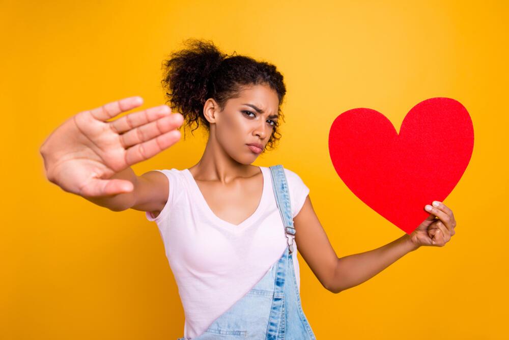 Ne, nikako: 3 razloga zašto nikad ne bi trebalo da se upustiš u vezu s bivšim dečkom svoje prijateljice!