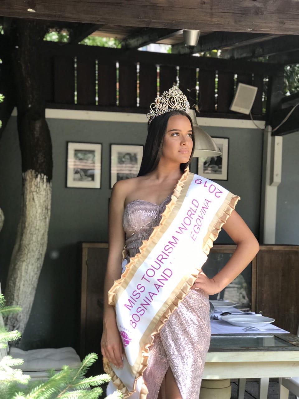 Sarajka Amina Hasanbegović nova je Miss Turizma BiH