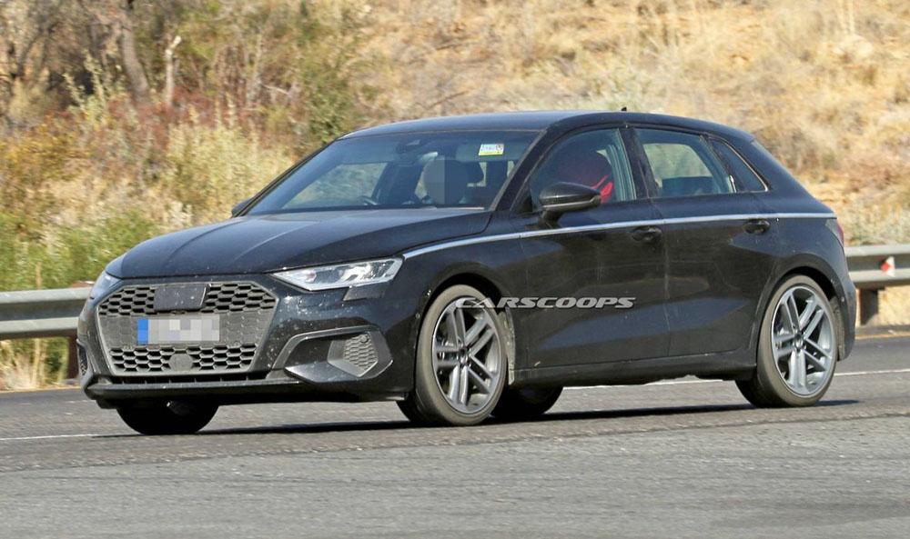 Novi Audi A3 snimljen skoro bez kamuflaže!