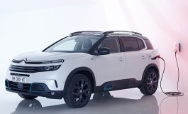 Novi SUV C5 Aircross Hybrid: SUV u klasi Ë-Confort