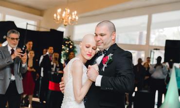 Zaručnici koja je umirala od raka je poklonio vjenčanje iz snova