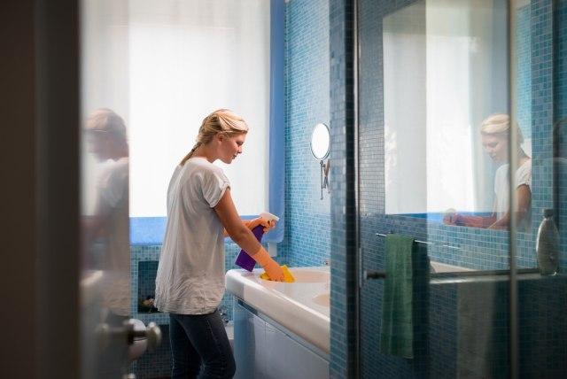 U njemu ima 3,2 miliona bakterija, a evo šta ne treba da radite u kupatilu