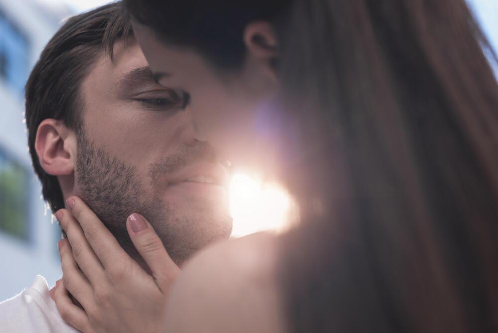 """Novi TREND koji će probuditi STRAST između vas i partnera! """"Postajem sve uzbuđenija i osjećam trnce tokom seksa..."""""""